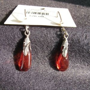 Baltic Amber earrings drop with .925 silver leaf